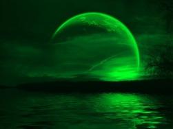 Green Moon 04